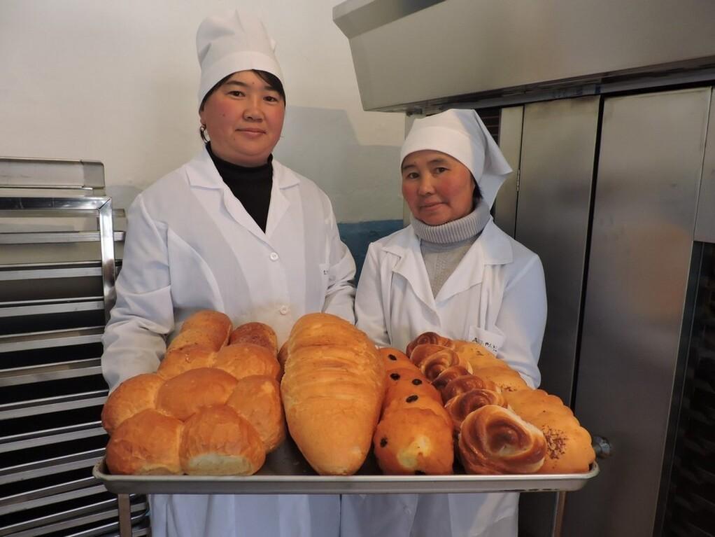Хлеб заводко жумушчуларды чакырабыз - 1