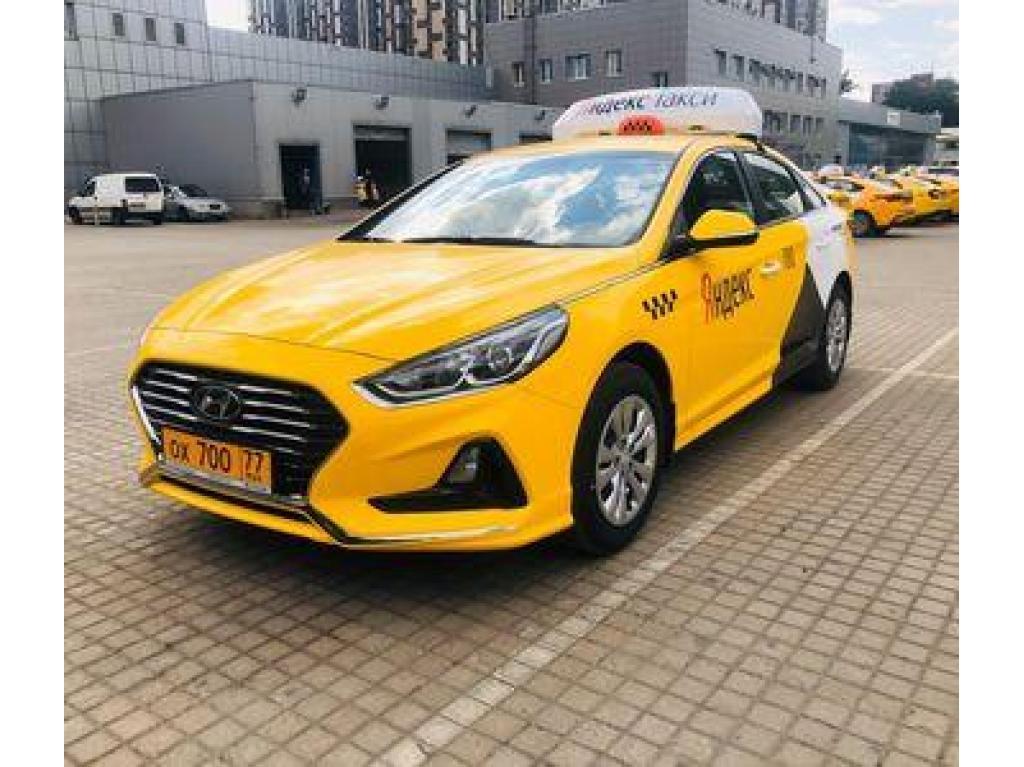 Водитель такси, авто на газу - 1
