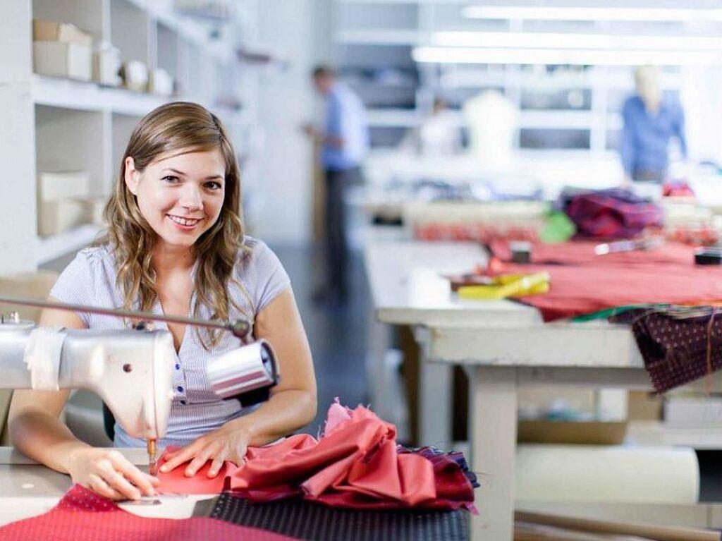 Швея на пошив, ремонт одежды - 1